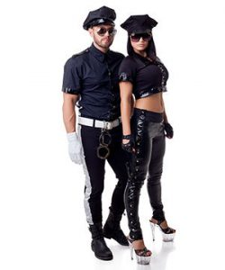 Poliisi rooliasu - Seksiasut